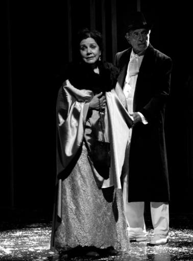 Héctor Giovine y Rita Terranova en El jardin de los cerezos